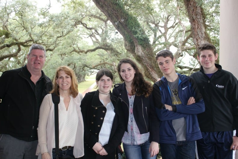 While visiting New Orleans, we went to the Oak Alley Plantation.