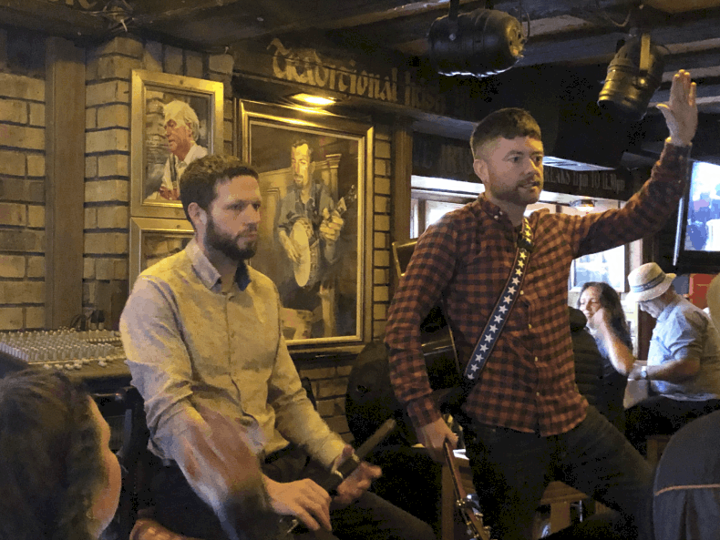 musical pub crawl