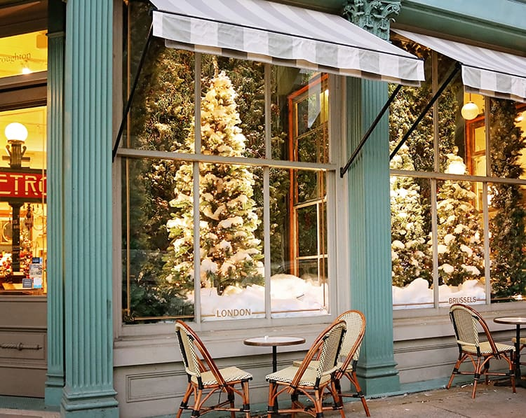 best places to visit in the USA for Christmas